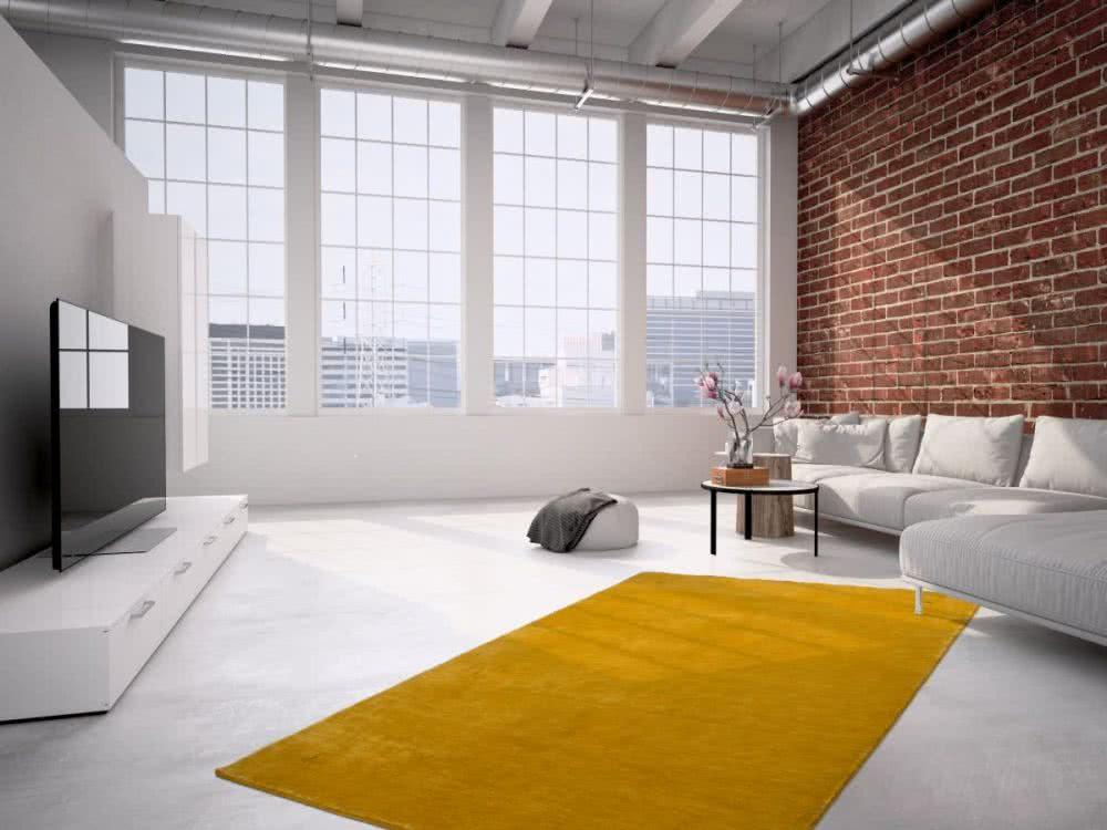 Foto Eines Gelben Wollteppichs Im Wohnzimmer Einer Modernen Loft.